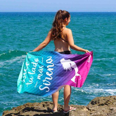toalla sirena para playa o piscina