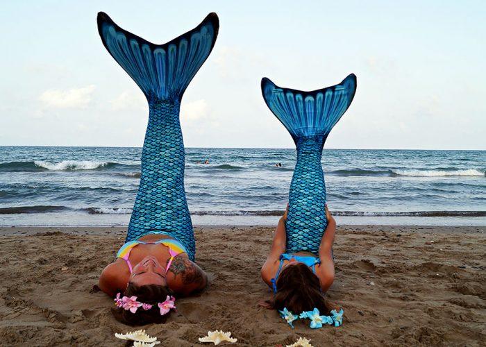 glusirenas-grupo-familia-experiencia-playa-servicio-escuela-sirenas-valencia-sirenas-sincro-natacion