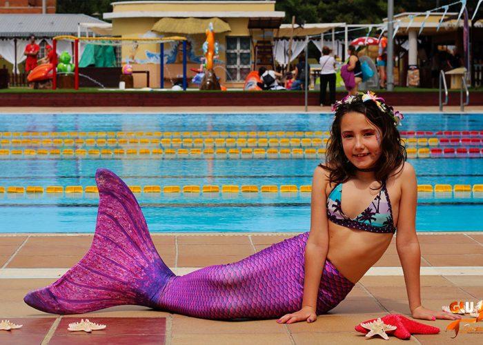 glusirenas-ninas-familia-experiencia-playa-servicio-bono-sirenas-valencia-sirenas-sincro-natacion